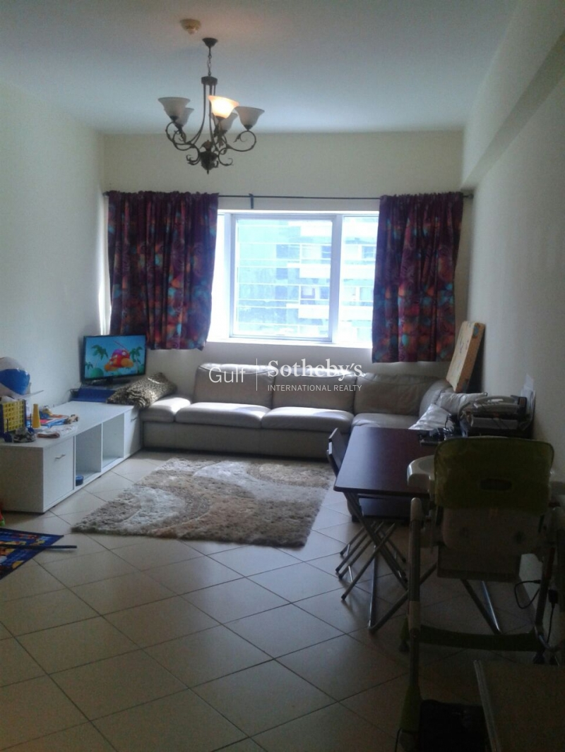 Spacious 2 Bedroom Apartment For Immediate Rent Er R 13360
