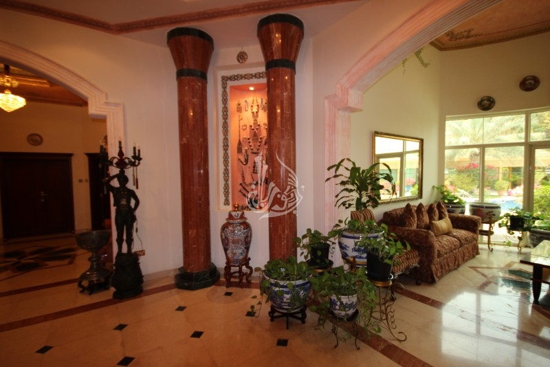 5 Bedroom Plus Study Room Villa For Sale In Jumeirah Golf Estate