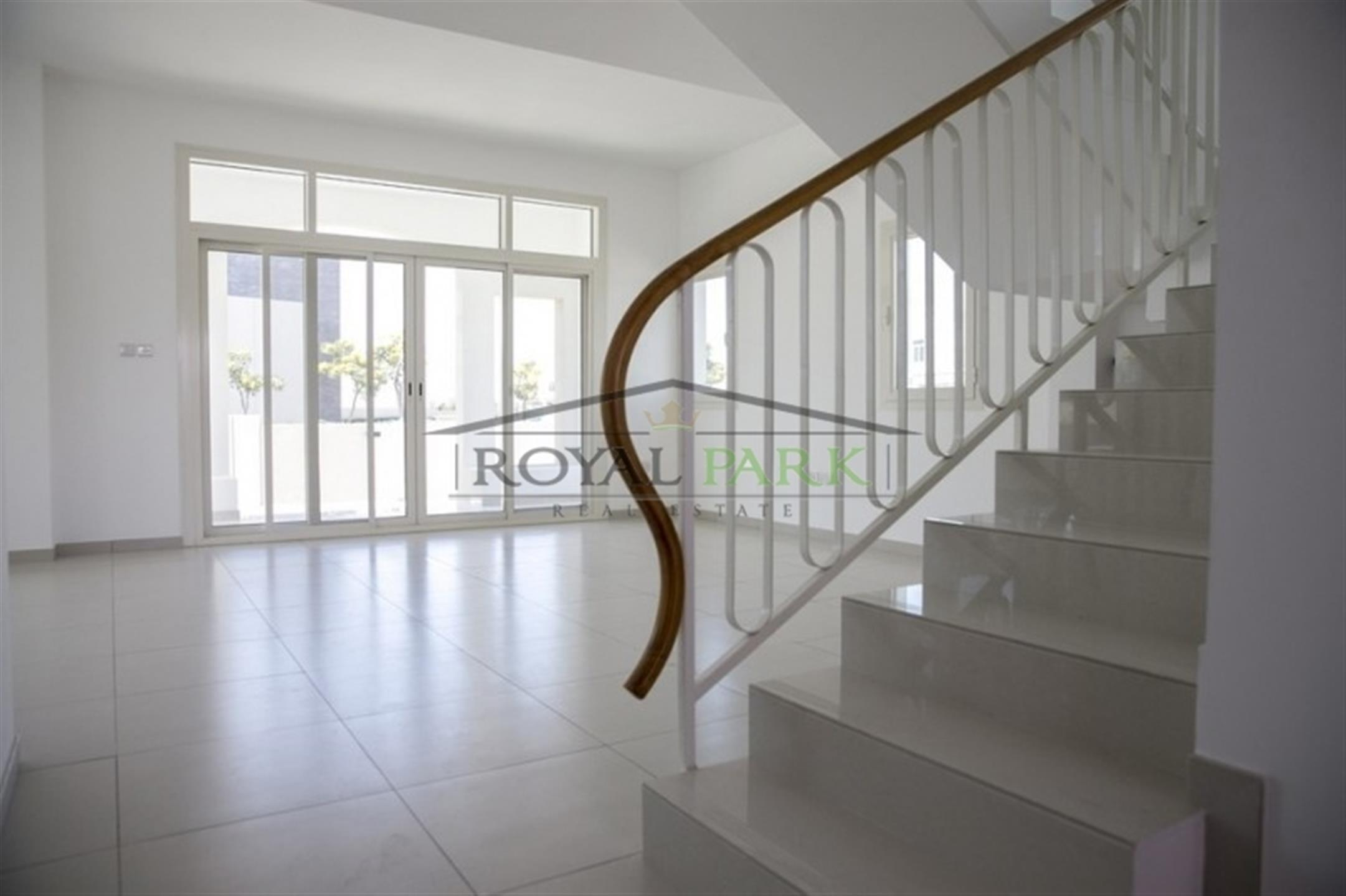 2 Bedroom + Laundry Townhouse For Sale In Al Ghadeer, Ghantoot