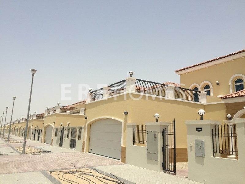 Immaculate, 3 Bed Plus Study 3m Alma Villa Er R 8964