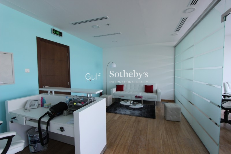 Fully Furnished Office In Burlington Tower