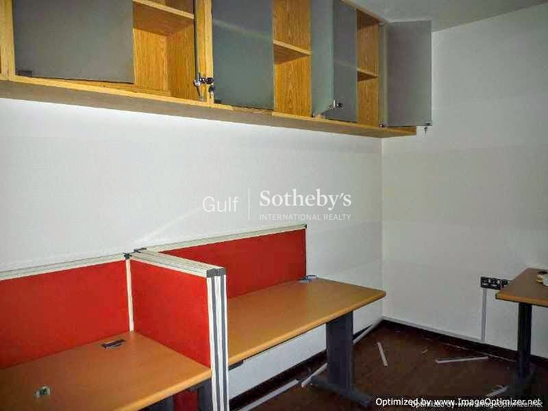 Fitted Office For Rent In Mazaya Business Avenue, Jlt Er R 7705